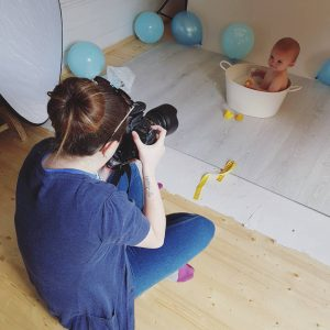 cake smash photo shoot Gloucestershire