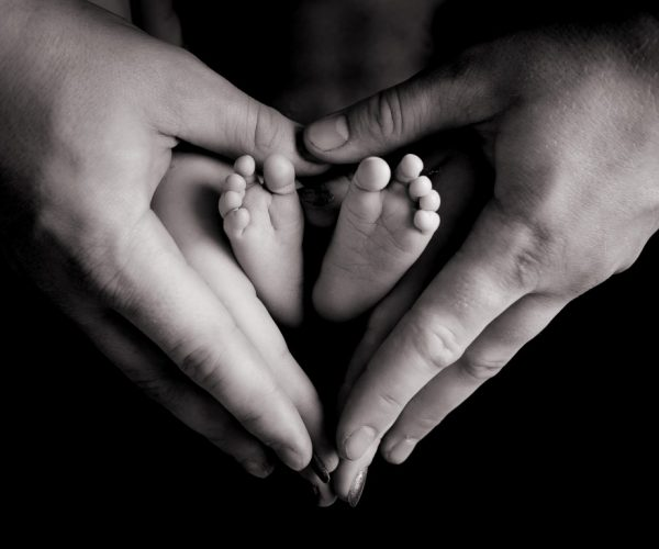 baby feet heart hands